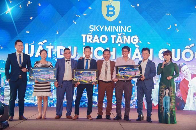 """Mê chuyến du lịch Hàn Quốc, nhà đầu tư """"sập bẫy"""" Sky Mining - Ảnh 3."""