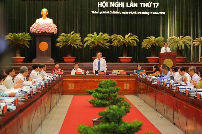 Khai mạc Hội nghị lần thứ 17 Ban Chấp hành Đảng bộ TP HCM khóa X - Ảnh 2.