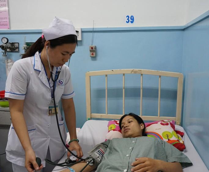 Tắc mạch, cứu ca bệnh chảy máu liên tục sau vượt cạn - Ảnh 1.