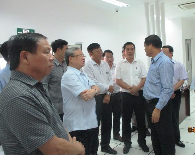 Ông Trần Quốc Vượng kiểm tra BOT hầm đường bộ đèo Cả - Ảnh 2.