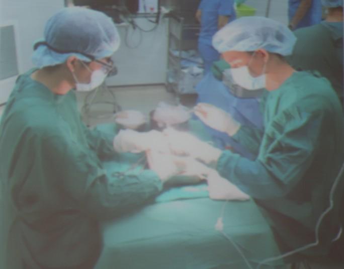Tấm lòng cao cả: Hai người hiến tạng cứu 6 người - Ảnh 2.