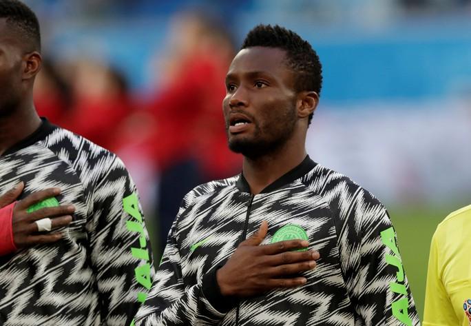 Cha tuyển thủ Nigeria bị bắt cóc, đòi tiền chuộc 21.000 bảng - Ảnh 2.