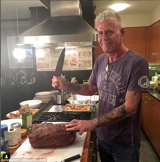 Công bố bất ngờ về tài sản của đầu bếp Anthony Bourdain - Ảnh 3.