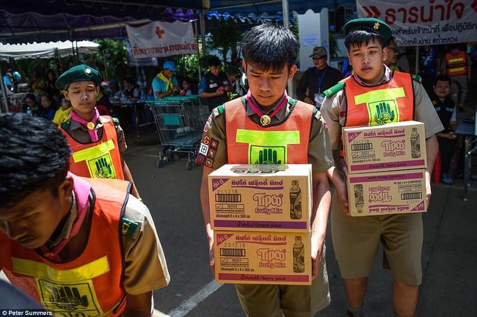 Tỉ phú Mỹ đưa công nghệ khủng tới Thái Lan cứu đội bóng - Ảnh 5.