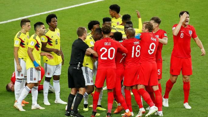 """Hậu vệ Anh: Colombia là đội """"chơi bẩn nhất"""" mà tôi từng gặp - Ảnh 1."""