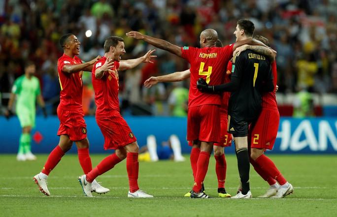 Brazil sụp đổ, Bỉ giành vé vào bán kết - Ảnh 9.