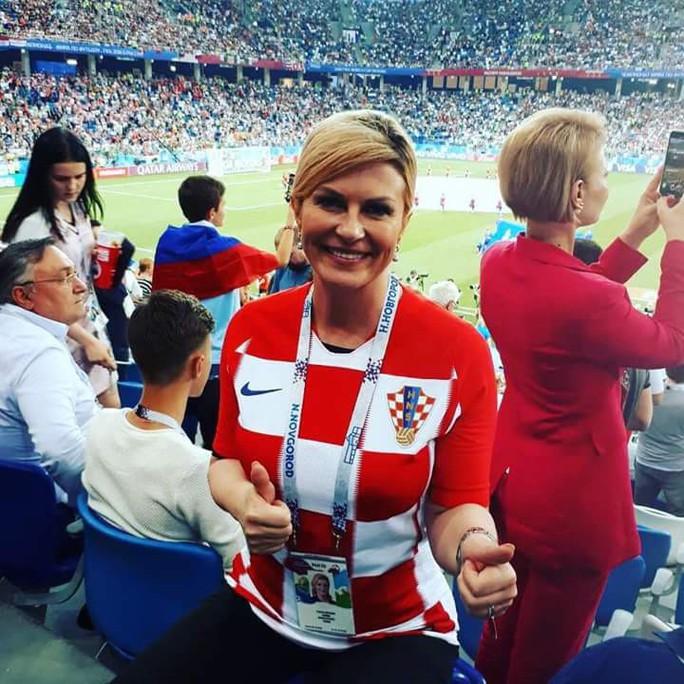 Nữ tổng thống mê bóng đá của Croatia - Ảnh 2.