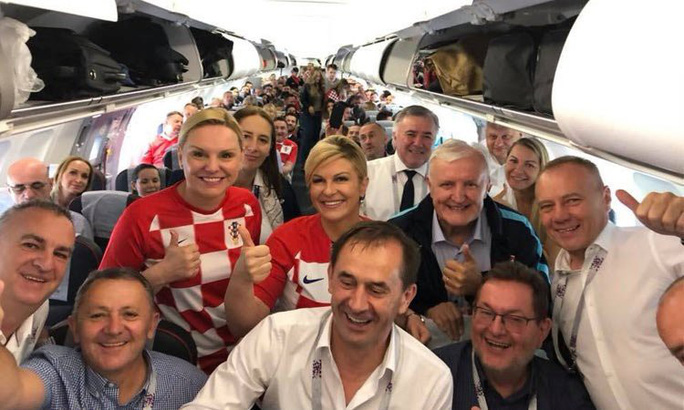 Nữ tổng thống mê bóng đá của Croatia - Ảnh 3.