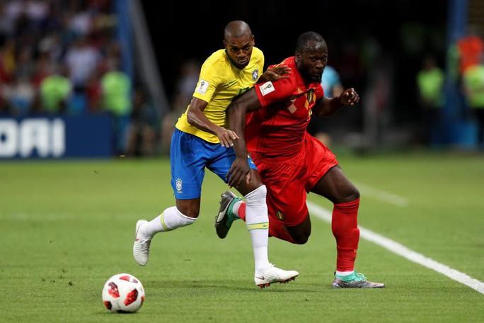 """Ferdinand: Cầu thủ Brazil như những đứa trẻ 11 tuổi chạy theo """"ông anh"""" Lukaku - Ảnh 1."""