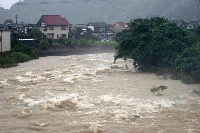 Siêu bão mạnh lên 5 cấp trong 24 giờ đe dọa châu Á - Ảnh 2.