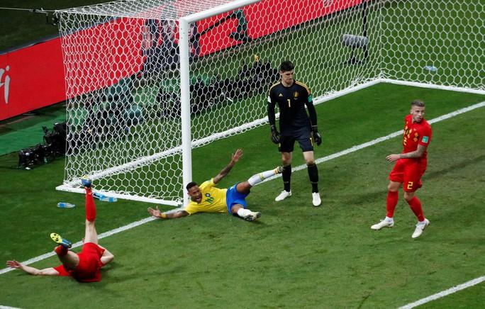 Brazil sụp đổ, Bỉ giành vé vào bán kết - Ảnh 6.