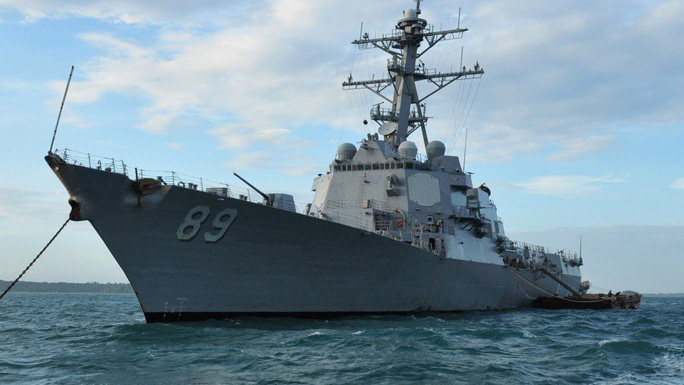 Mỹ phái 2 tàu chiến qua eo biển Đài Loan - Ảnh 1.