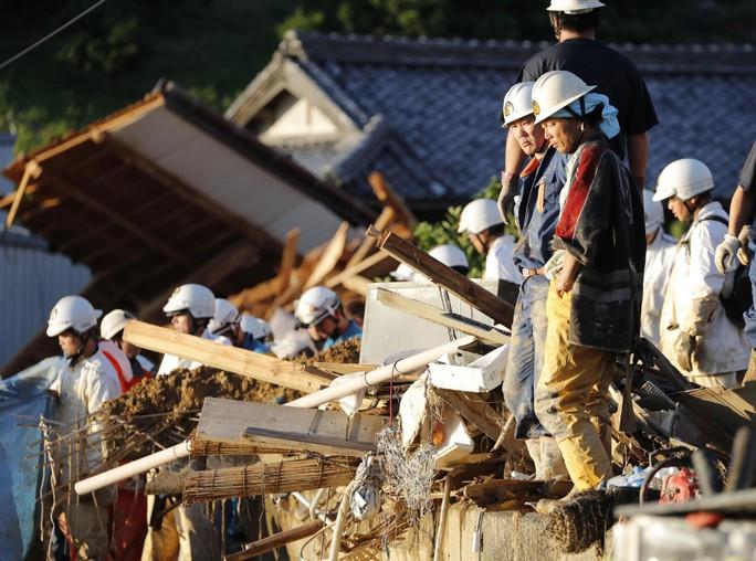Mưa lũ Nhật Bản: Chuyện đau lòng từ ngôi trường chỉ có 6 học sinh - Ảnh 2.