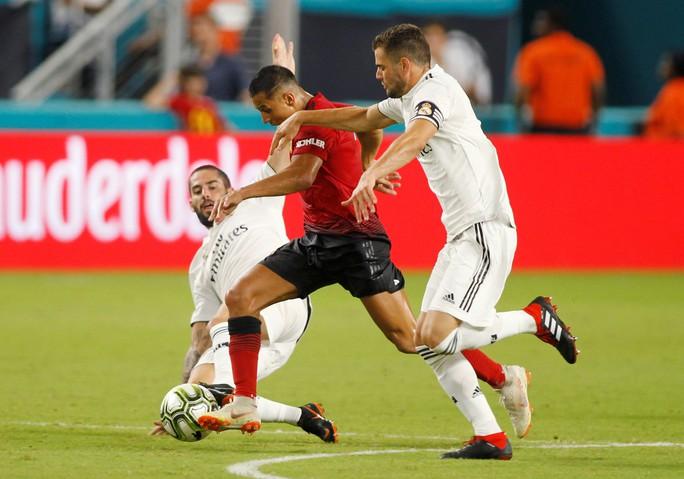 Real Madrid thua ngay trận ra mắt tân HLV Lopetegui - Ảnh 3.