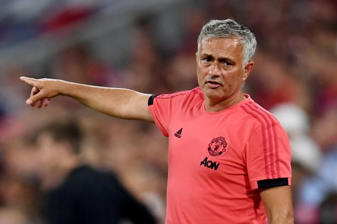 Paul Scholes lại khiến Mourinho nóng mặt trên truyền thông - Ảnh 3.