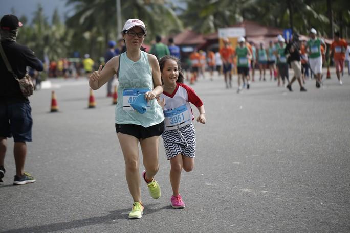 VĐV Suzaki Yuuya về nhất 42 km, cuộc thi Marathon Quốc tế Đà Nẵng - Ảnh 15.