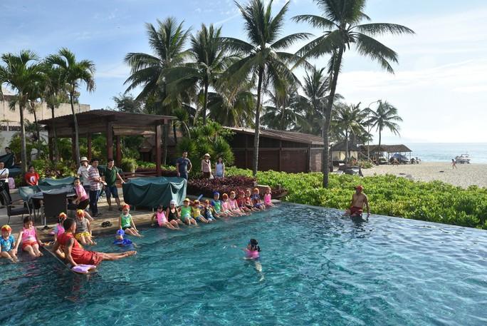 Trao bằng cứu hộ nhí Nippers 2018  tại Furama Resort Đà Nẵng - Ảnh 1.