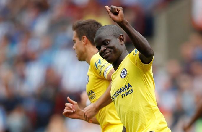HLV Sarri thận trọng dù Chelsea thắng lớn để lên ngôi đầu  - Ảnh 4.