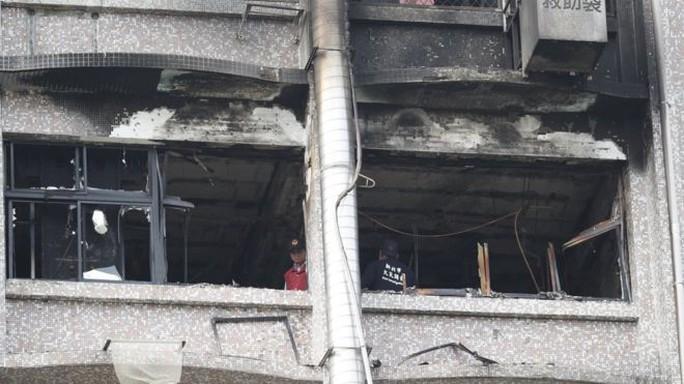 Cháy bệnh viện, 25 người thương vong - Ảnh 1.