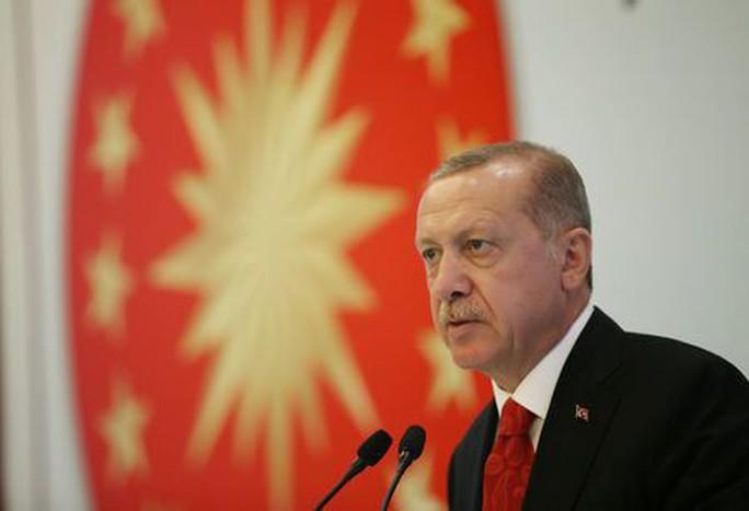 Thổ Nhĩ Kỳ chạy đua giải cứu kinh tế - Ảnh 1.