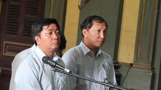 Vụ tiêu cực tại Ngân hàng Nam Việt: Một bị cáo ngã bệnh - Ảnh 1.
