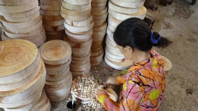 Vào làng nghề làm thớt gỗ trứ danh ở miền Tây - Ảnh 9.