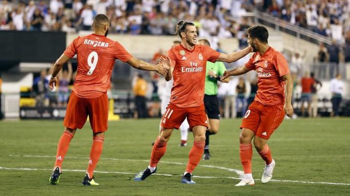 Simeone dùng bộ đàm lật đổ Real Madrid? - Ảnh 3.