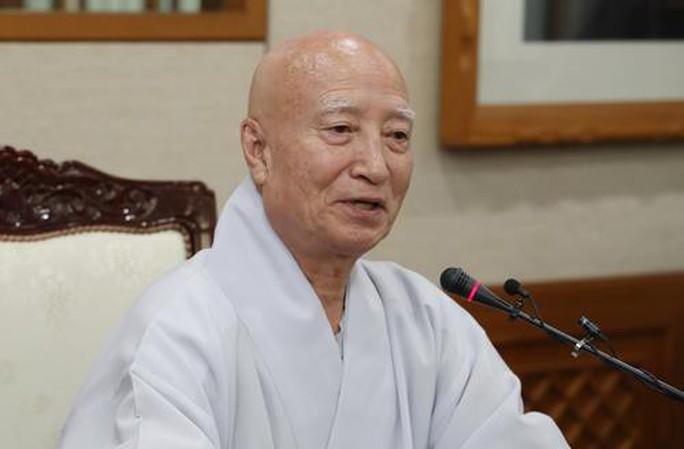 Hàn Quốc: Lãnh đạo Phật giáo hàng đầu bị tố tham nhũng, có con - Ảnh 1.