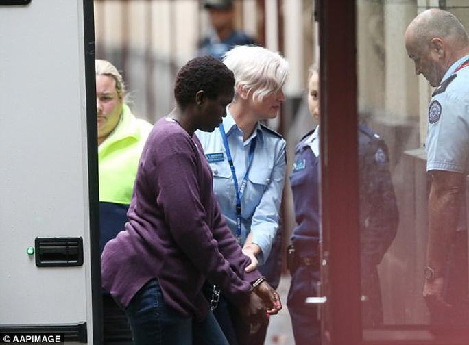 Úc giảm án tù cho người mẹ giết con vì lý do nhân đạo - Ảnh 3.