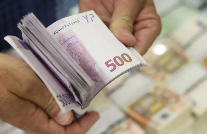 Châu Âu lo thảm họa vì tiền mặt biến mất - Ảnh 1.