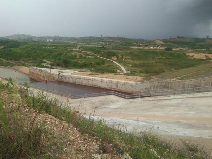 Bắt 3 cán bộ sai phạm tại dự án gần 3.000 tỉ đồng - Ảnh 1.