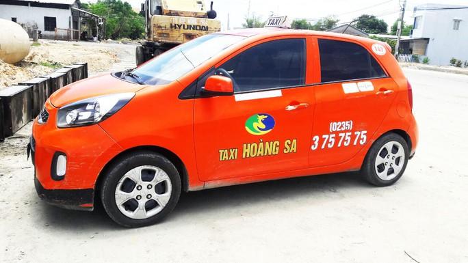 Chủ công ty lén lút bán xe taxi, khiến nhà đầu tư, tài xế bức xúc - Ảnh 1.