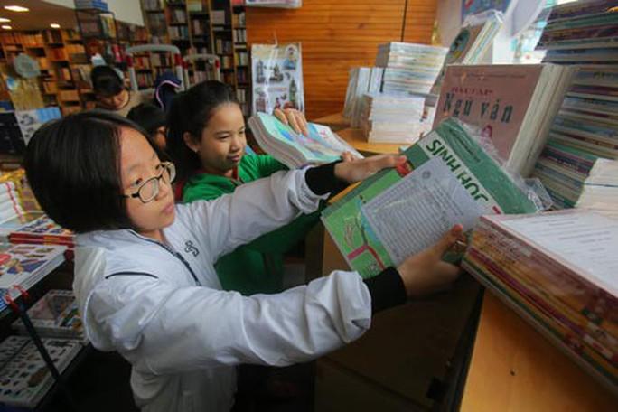 TP HCM: Giảm tải, tăng tự chủ cho trường học - Ảnh 2.