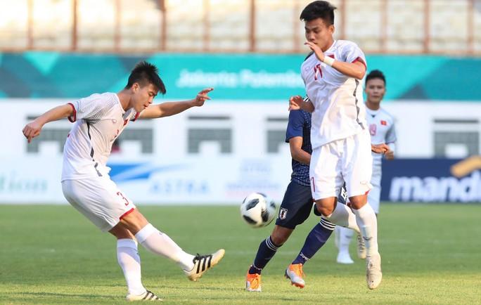Thắng Nhật 1-0, Olympic Việt Nam giành ngôi nhất bảng - Ảnh 4.