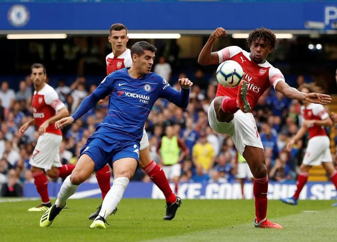 Thua Chelsea, vua săn danh hiệu Emery khởi đầu tệ tại Arsenal - Ảnh 5.