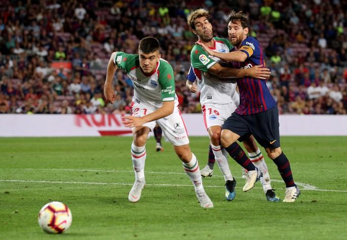 Messi lập cú đúp, Barcelona đại thắng Alaves ngày khai mạc - Ảnh 3.