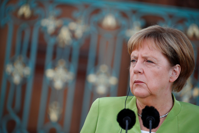 Ông Putin và bà Merkel bàn bạc gì bên ngoài Berlin? - Ảnh 3.