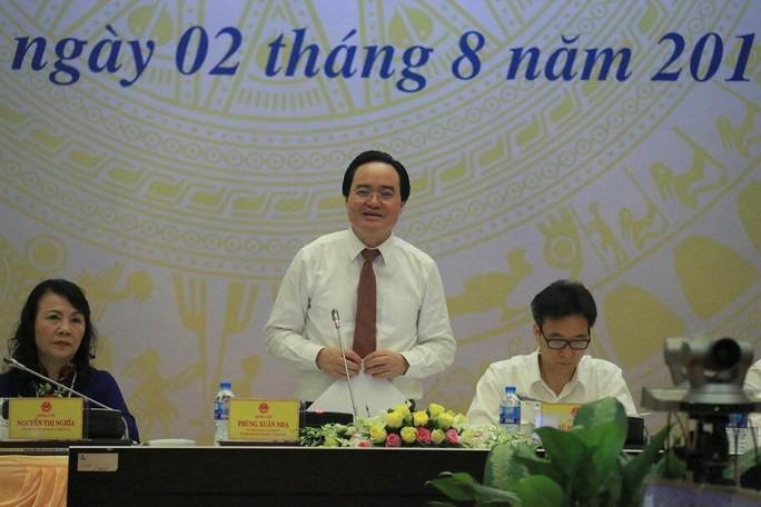 Bộ trưởng Bộ GD-ĐT thừa nhận đề thi khó và có kẽ hở trong bảo mật thi THPT - Ảnh 1.