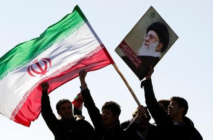 Israel dọa tấn công nếu Iran chặn eo biển quan trọng - Ảnh 2.