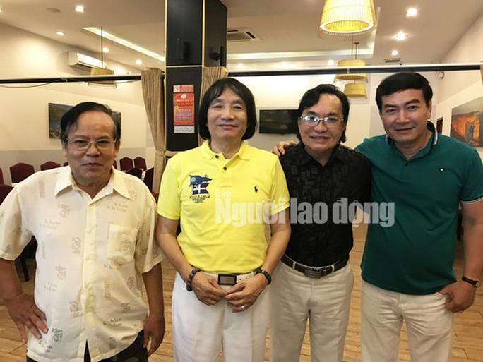 Thành ủy TP HCM trao tặng tiền cho NSƯT Giang Châu trị bệnh - Ảnh 3.