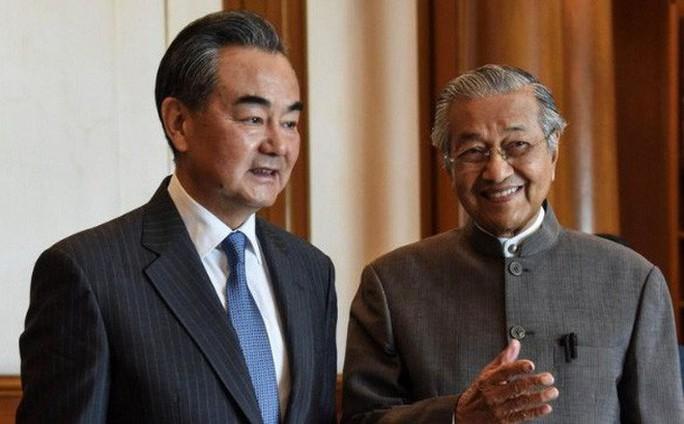 Thủ tướng Malaysia: Các dự án của Trung Quốc sẽ không tiếp tục - Ảnh 1.