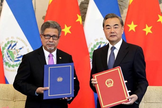 El Salvador quay lưng với Đài Loan, Mỹ thất vọng sâu sắc - Ảnh 1.