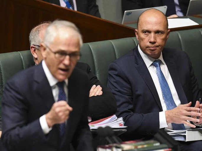 10 bộ trưởng xin từ chức, chính trường Úc chao đảo - Ảnh 1.