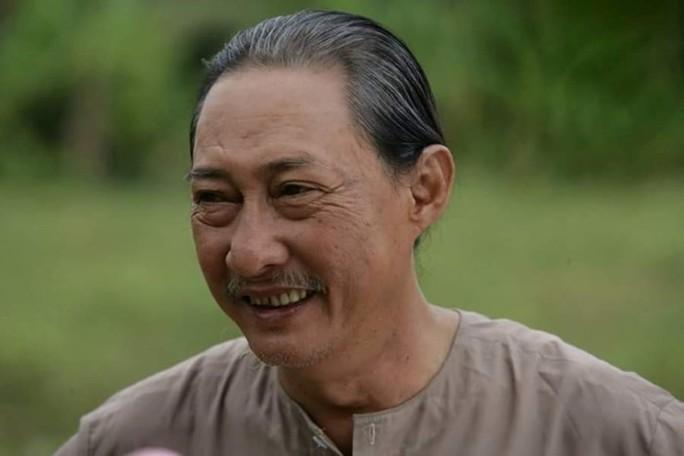 Nghệ sĩ Lê Bình: Khổ từ phim đến đời! - Ảnh 2.