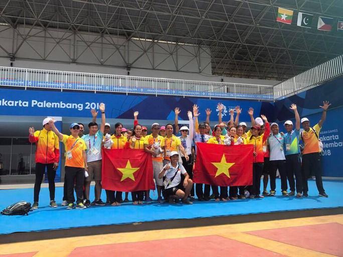 Trực tiếp ASIAD ngày 23-8: Rowing xuất sắc giành HCV, Việt Nam lên hạng 14 - Ảnh 4.