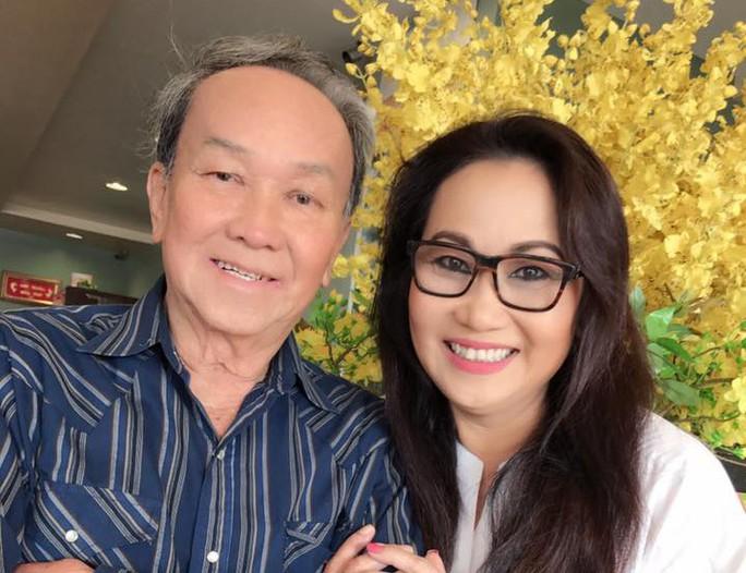 Cha của nghệ sĩ Thanh Hằng xin được chết trên sàn diễn - Ảnh 1.