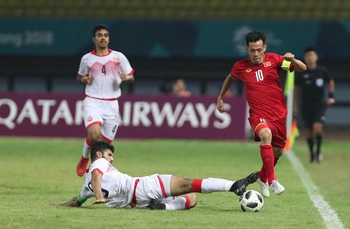 Công Phượng phá lưới Bahrain, Việt Nam lần đầu tiên vào tứ kết ASIAD - Ảnh 1.