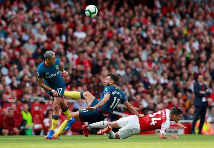 Ngược dòng thành công, Arsenal giúp Emery nở mặt - Ảnh 3.