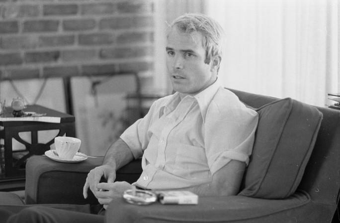 Thượng nghị sĩ John McCain qua đời - Ảnh 3.