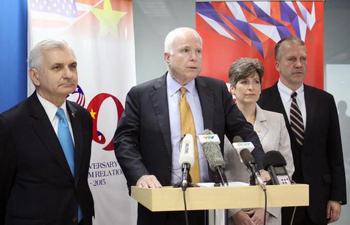 Thượng nghị sĩ John McCain qua đời - Ảnh 2.
